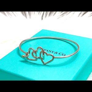 Tiffany 3 heart 💛💛💛bracelet hook bangle w/ gold